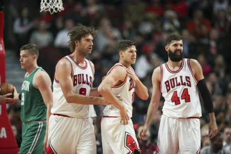 ct-nikola-mirotic-doug-mcdermott-bulls-spt-1221-20161220