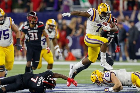 Texas_Bowl_Football_Jone_r600x400