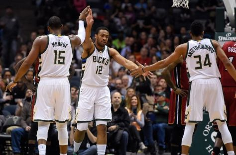 jabari-parker-greg-monroe-giannis-antetokounmpo-nba-miami-heat-milwaukee-bucks-850x560.jpg