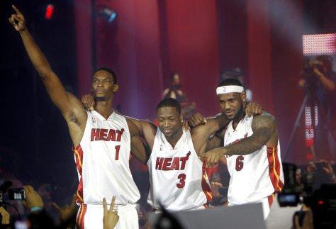 lebron-heat-moments-basketball-a6ca420af450e626.jpg