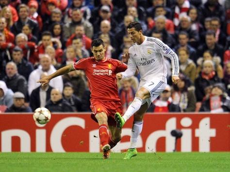 Lovren-Ronaldo.jpg